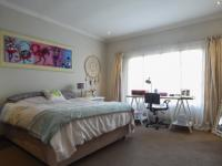Bed Room 1 - 21 square meters of property in Cormallen Hill Estate