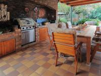 Patio - 56 square meters of property in Faerie Glen