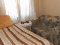 Bed Room 2 - 10 square meters of property in Zwartkop