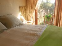 Main Bedroom - 15 square meters of property in Zwartkop