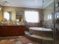 Main Bathroom - 17 square meters of property in The Wilds Estate