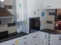 Kitchen - 16 square meters of property in Memorial Park