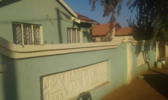 Standard Bank EasySell 3 Bedroom House for Sale For Sale in Soshanguve - MR160467