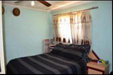 Main Bedroom - 13 square meters of property in Bonela