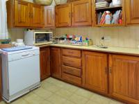 Scullery - 12 square meters of property in Moreletapark