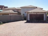 3 Bedroom 2 Bathroom Cluster for Sale for sale in Willow Acres Estate