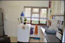 Kitchen - 12 square meters of property in Yellowwood Park