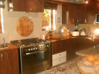 Kitchen - 18 square meters of property in Lynnwood Glen