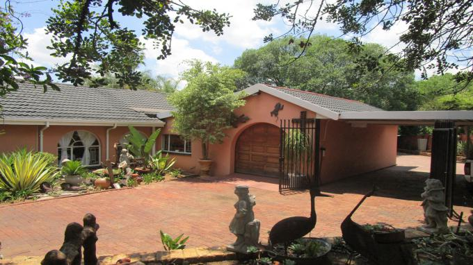 Standard Bank EasySell 4 Bedroom House for Sale in Garsfontein - MR160804