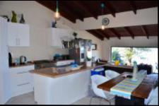 Kitchen - 20 square meters of property in Bluff