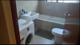 Bathroom 1 - 5 square meters of property in Kokstad