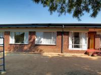 3 Bedroom 2 Bathroom House for Sale for sale in Constantia Glen