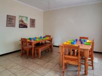 Dining Room - 17 square meters of property in Constantia Glen