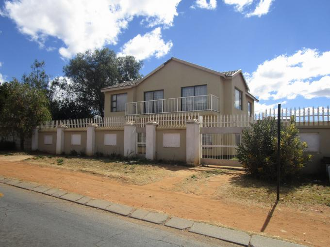 Standard Bank EasySell House for Sale For Sale in Randfontein - MR160986