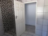 Bathroom 1 - 7 square meters of property in Randfontein