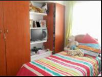 Bed Room 1 - 10 square meters of property in Cosmo City