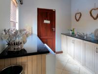Scullery - 9 square meters of property in Olympus