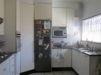 Kitchen - 11 square meters of property in Rustivia