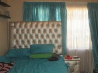Bed Room 2 - 12 square meters of property in Rustivia