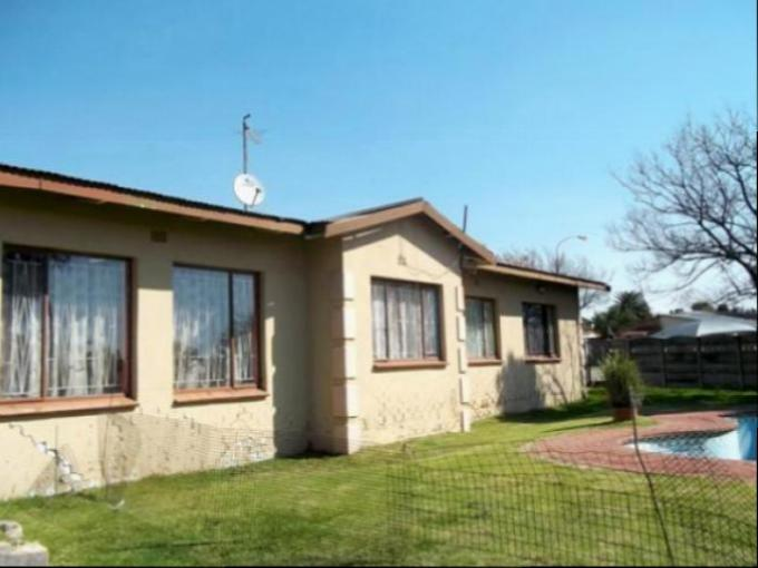 Standard Bank EasySell House for Sale For Sale in Boksburg - MR161088