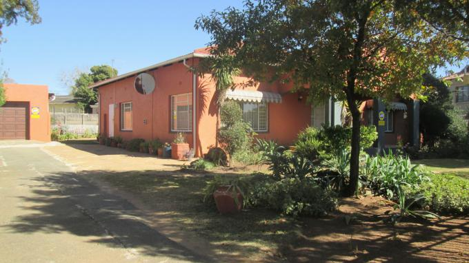 Standard Bank EasySell 3 Bedroom House for Sale For Sale in Delville - MR161414