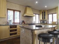 Kitchen - 13 square meters of property in Boardwalk Meander Estate