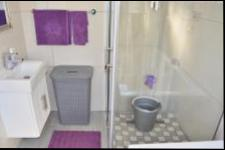 Bathroom 2 - 6 square meters of property in Chatsworth - KZN