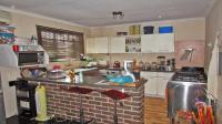 Kitchen - 21 square meters of property in Primrose