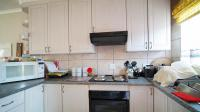 Kitchen - 10 square meters of property in Bronkhorstspruit