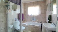 Bathroom 1 - 6 square meters of property in Bronkhorstspruit