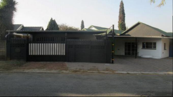 Standard Bank EasySell House for Sale For Sale in Kempton Park - MR161673
