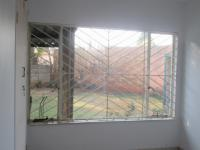 Bed Room 2 - 11 square meters of property in Kempton Park
