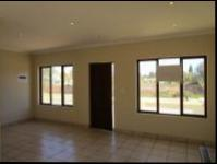 Lounges - 11 square meters of property in Krugersdorp