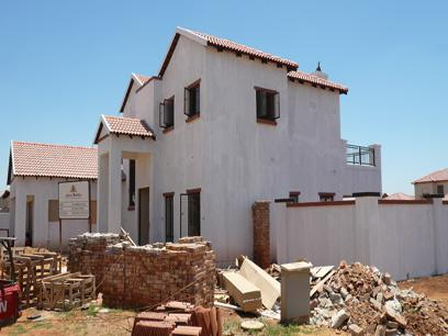 3 Bedroom House for Sale For Sale in Midrand Estates - Home Sell - MR16178