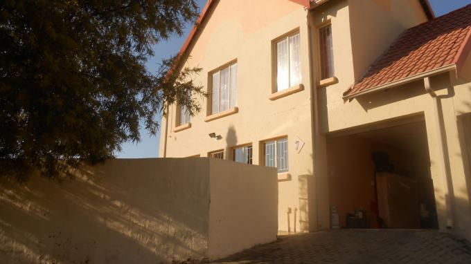 3 Bedroom Sectional Title for Sale For Sale in Kosmosdal - Private Sale - MR161782