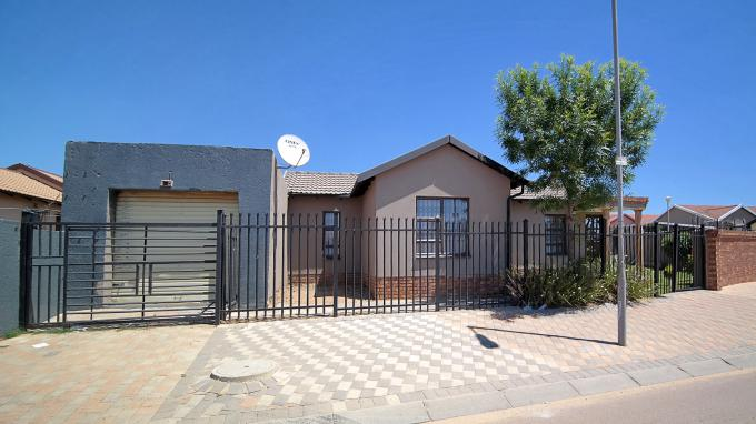 Standard Bank EasySell 3 Bedroom House for Sale For Sale in Olievenhoutbos - MR161804