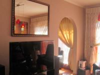 TV Room - 14 square meters of property in Birchleigh North