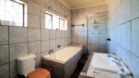 Bathroom 1 - 9 square meters of property in Pretoria Central