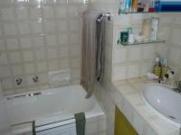 Bathroom 1 - 3 square meters of property in Monument Park