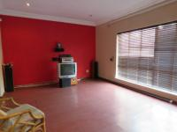 Lounges - 23 square meters of property in Kelvin