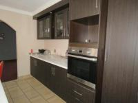 Kitchen - 23 square meters of property in Kelvin