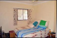 Bed Room 4 - 27 square meters of property in Hibberdene