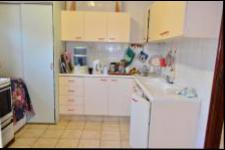 Kitchen - 38 square meters of property in Hibberdene