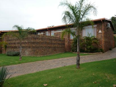 4 Bedroom House for Sale For Sale in Constantia Glen - Home Sell - MR16209