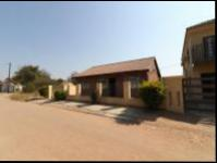 3 Bedroom 1 Bathroom House for Sale for sale in Lephalale (Ellisras)