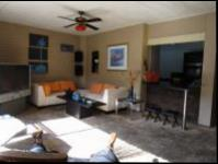 Lounges - 22 square meters of property in Florida