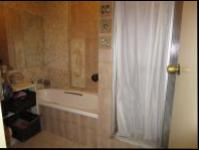 Bathroom 1 - 6 square meters of property in Florida
