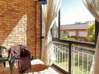 Patio - 8 square meters of property in Mooikloof Ridge