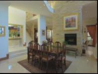 Dining Room of property in Glenvista