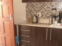 Kitchen - 14 square meters of property in Kosmosdal